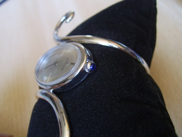FABULOUS 70'S  NOS SARCAR SILVER BANGLE MANUAL WATCH WITH RING
