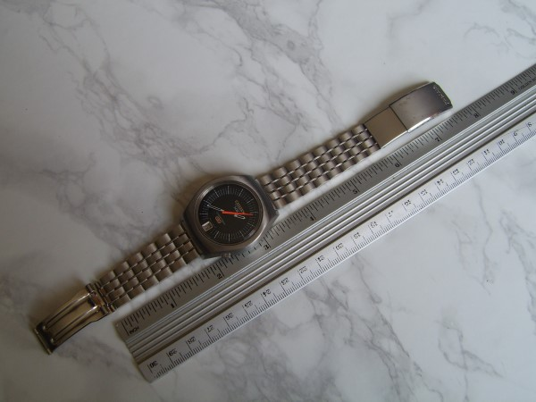 CITIZEN : MINT CONDITION CITIZEN X8 ELECTRONIC COSMOTRON