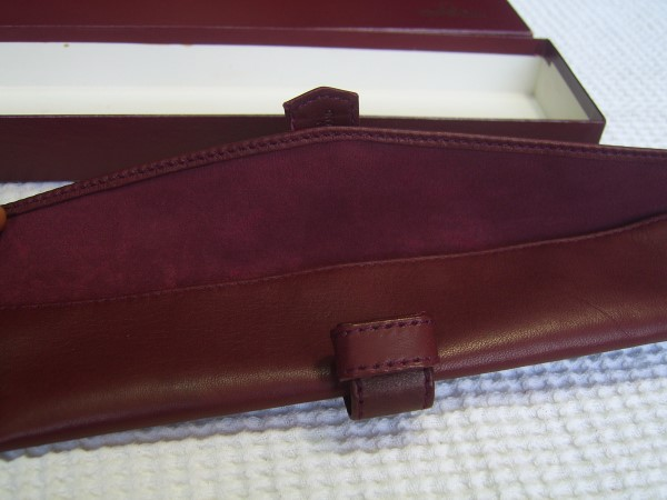 Omega : Vintage NOS Burgundy Leather BOX Inner & Outer