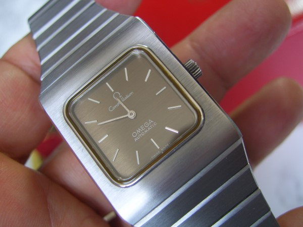 OMEGA CONSTELLATION : 1970'S AUTOMATIC CAL 663 - NEW IN BOX
