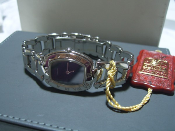ZENITH CAPRICE : 1980'S STAINLESS STEEL LADIES WATCH - NEW IN BOX