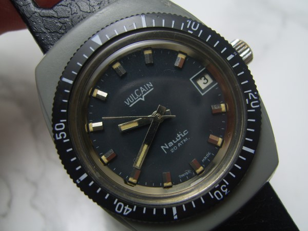 VULCAIN NAUTIC : R7651A DIVER 20 ATM MANUAL WATCH