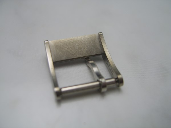 GIRARD PERREGAUX  12MM STAINLESS STEEL LADIES BUCKLE