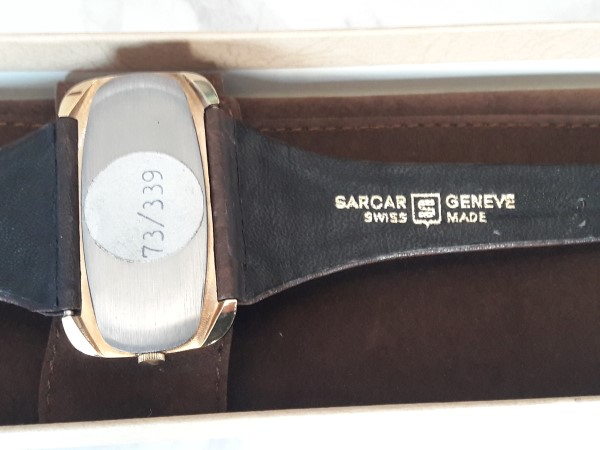 SARCAR : 1970'S NOS SARCAR GENEVE MANUAL RECTANGULAR WATCH - BOX PAPER