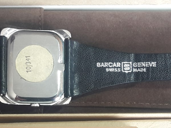 VINTAGE NOS 1970'S SARCAR GENEVE MANUAL RECTANGULAR WATCH - BOX PAPER