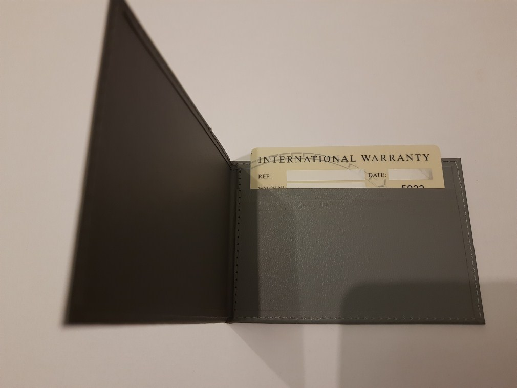 OMEGA INTERNATIONAL GUARANTEE WARRANTY CARD NEW, BLANK + LEATHER CARD HOLDER