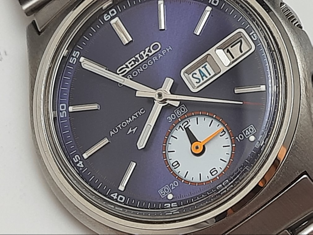 EXTREMELY RARE NOS 1970'S SEIKO CHRONOGRAPH 7016-8001 (5 hands) UNUSED
