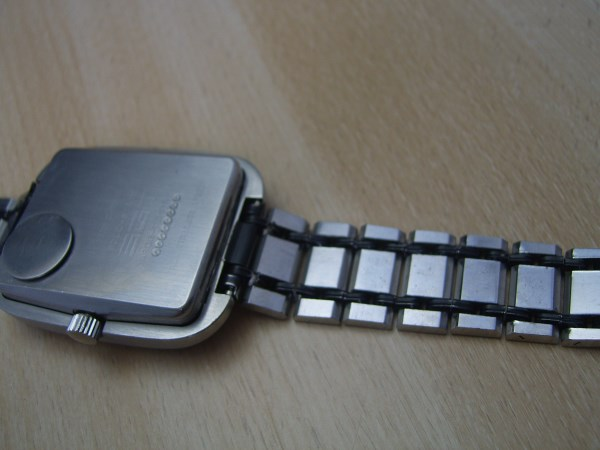 TRUE MUSEUM TIMEPIECE TELL DSM LCD SOLID-STATE WATCH BY SGT  - WORKING CONDITION