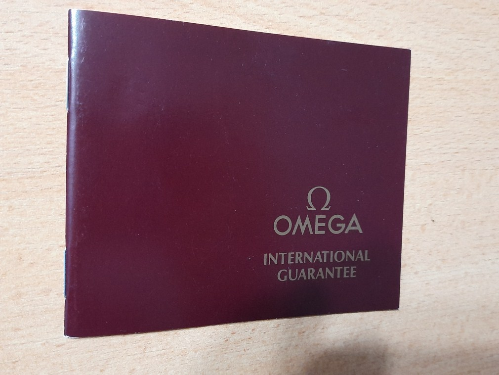 OMEGA 1984 INTERNATIONAL GUARANTEE WARRANTY BOOKLET, NEW, UNUSED, BLANK