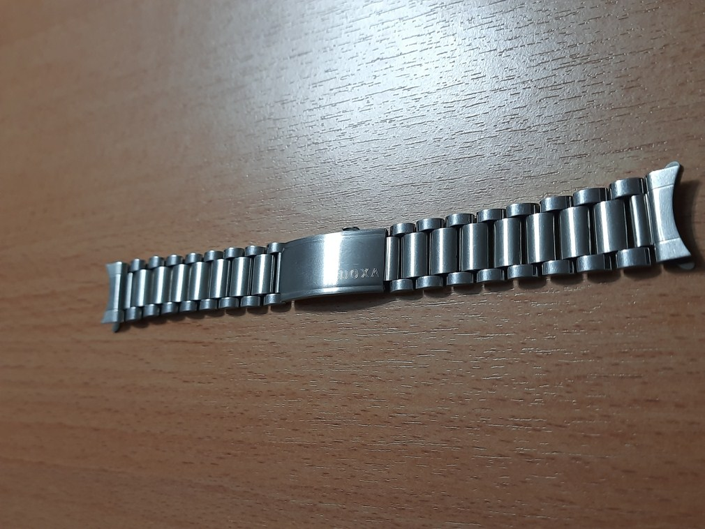 Rare Vintage 18 mm DOXA Stainless Steel Bracelet, Curved Ends, For Doxa Sub