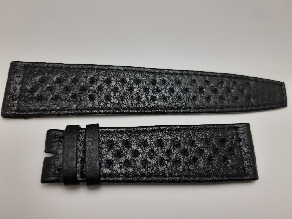 LONGINES 22M 1970'S VINTAGE NOS LONGINES BLACK PERFORATED LEATHER BAND STRAP