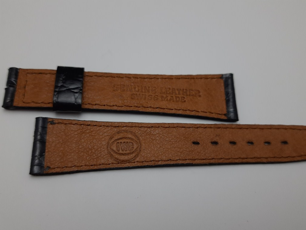 VINTAGE NOS 1970'S 18X14 MM IWC BLACK CROCODILE LEATHER BAND