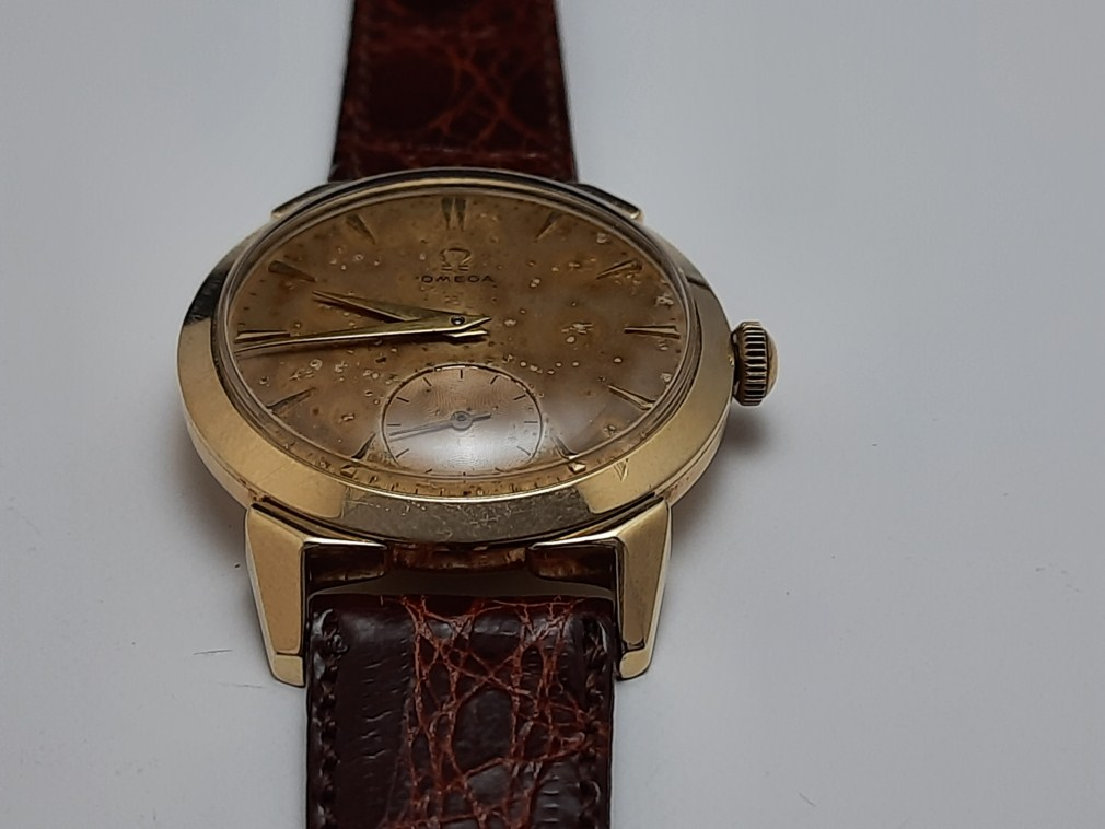 RARE 1952 OMEGA 2712-3 CAL 266 TROPICAL DIAL GP 80 MICRONS 35 MM