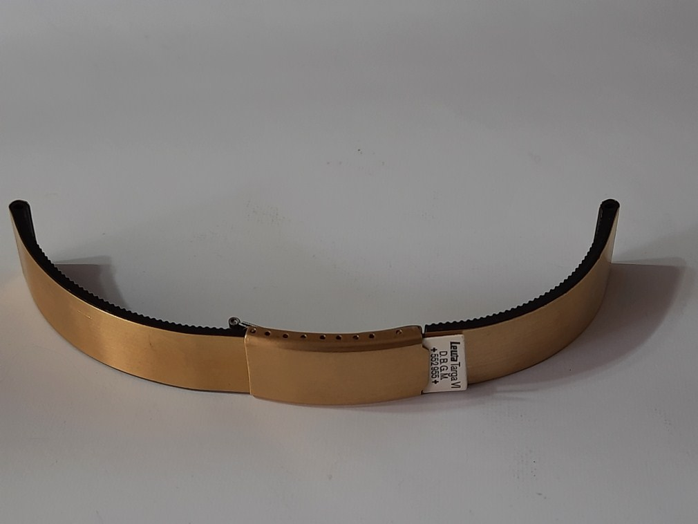Rare NOS 1970-80's 18mm Lewa D.B.G.M High Quality German Made Gold Tone Steel / Rubber Bracelet